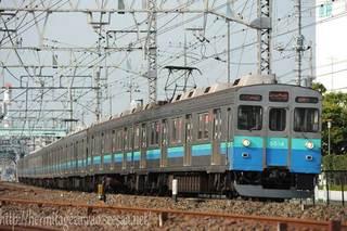 西新井付近を行く東急8500系