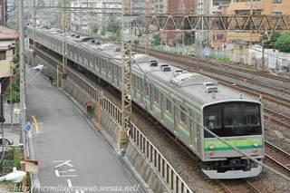 205系新津入場