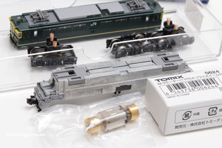 TOMIXのEF65、モーター交換