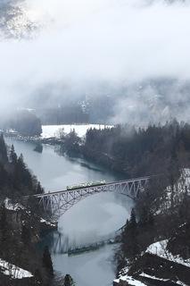 只見線第一只見川橋梁のキハ40
